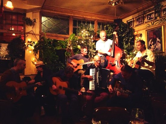TUESDAY'S FREE, & SIZZLING, GYPSY SWING JAM SESSION